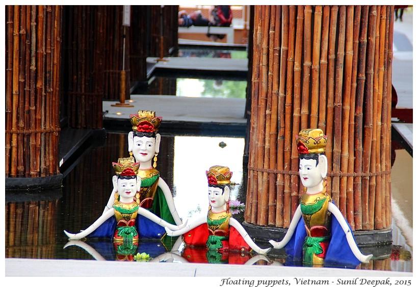 Wooden puppets, Vietnam - Images by Sunil Deepak