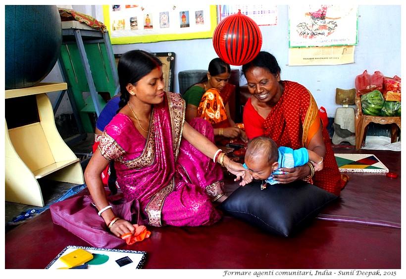 Formare agenti comunitari, India - Foto di Sunil Deepak