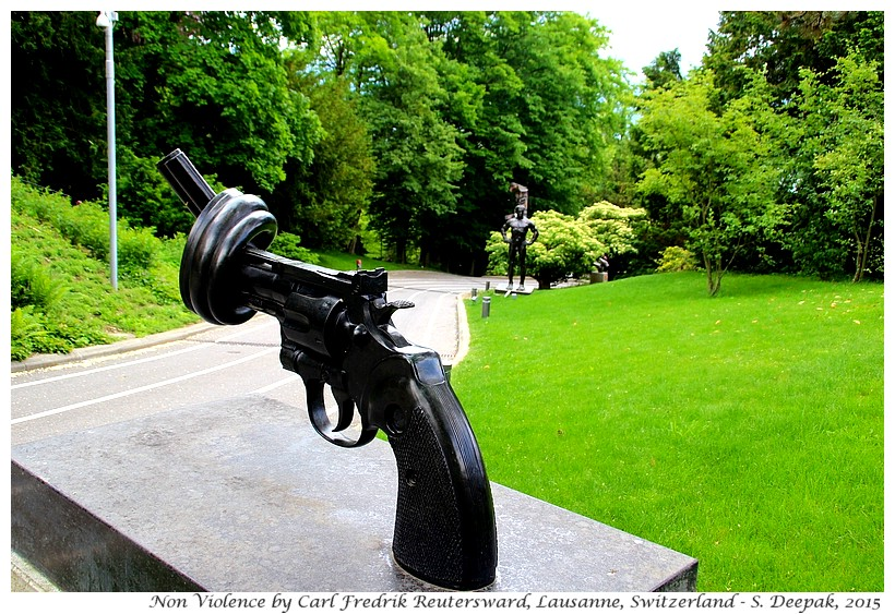 Non violence by Carl Fredrik Reutersward, Olympic museum, Lausanne, Switzerland - Images by Sunil Deepak