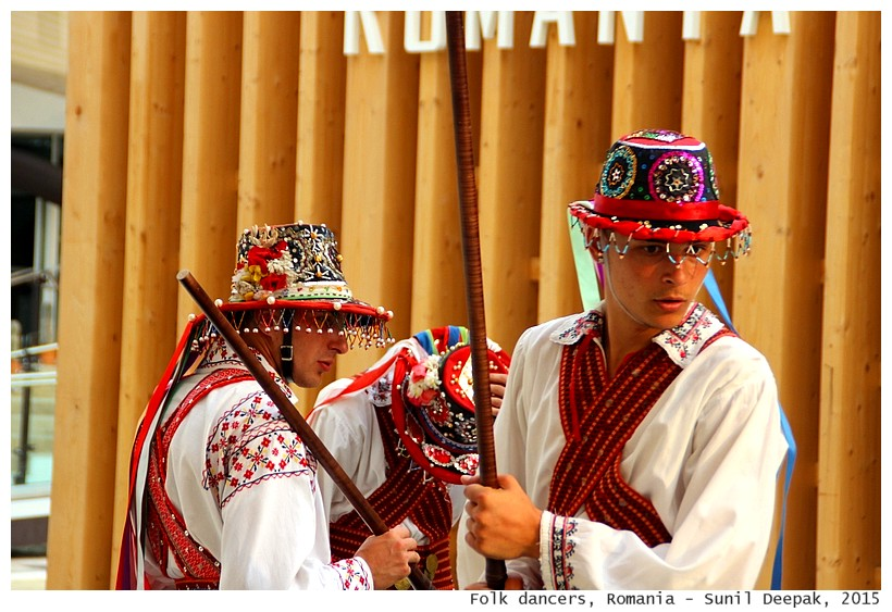 Folk dancers, Romania - Images by Sunil Deepak