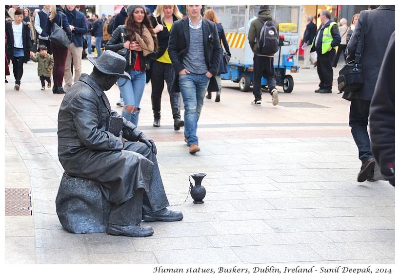 Busker statues, Gareth Road, Dublin, Ireland - Images by Sunil Deepak