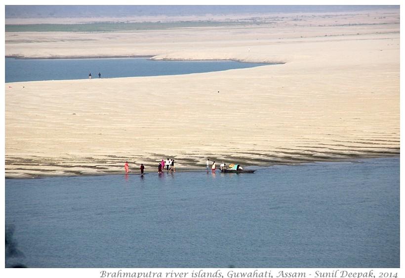 Islands in Brahmaputra river, Guwahati, Assam, India - Images by Sunil Deepak, 2014