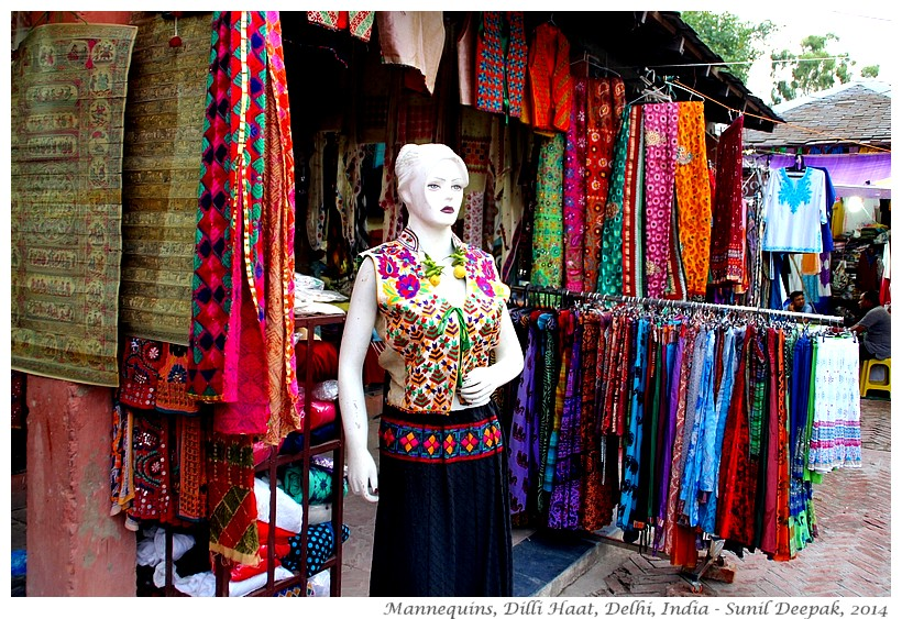 Ugly mannequins, Dilli Haat, Delhi, India - Images by Sunil Deepak