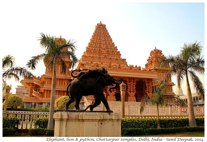 Elephant, lion & python statue, Chattarpur, Delhi, India - Images by Sunil Deepak