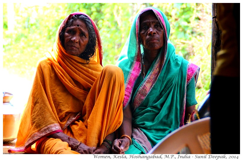 Village women, Kesla, Hoshangabad, Madhya Pradesh, India - Images by Sunil Deepak