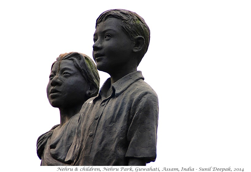 Nehru with children terracotta statues, Guwahati, Assam, India - Images by Sunil Deepak, 2014