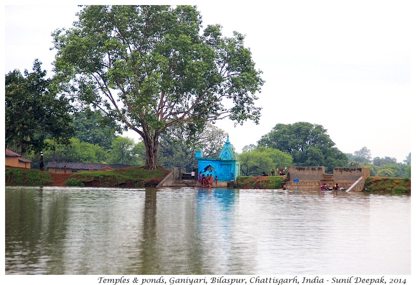 Village ponds with temples, Ganiyari, Bilaspur, Chattisgarh, India - Images by Sunil Deepak