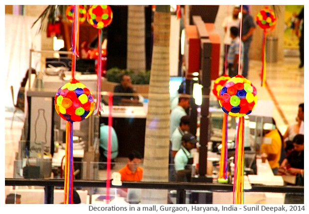 Decorations in a mall, Gurgaon, Haryana, India - Sunil Deepak, 2014