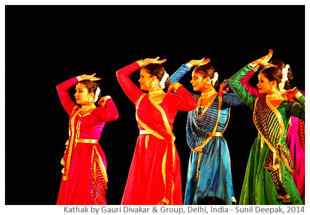 Kathak by Gauri Divakar & group, Delhi, India - Sunil Deepak, 2014