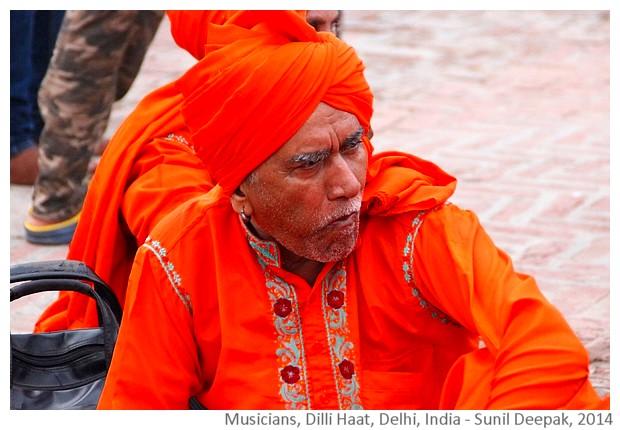Ex-snake charmers musicians, Delhi, India - images by Sunil Deepak, 2014