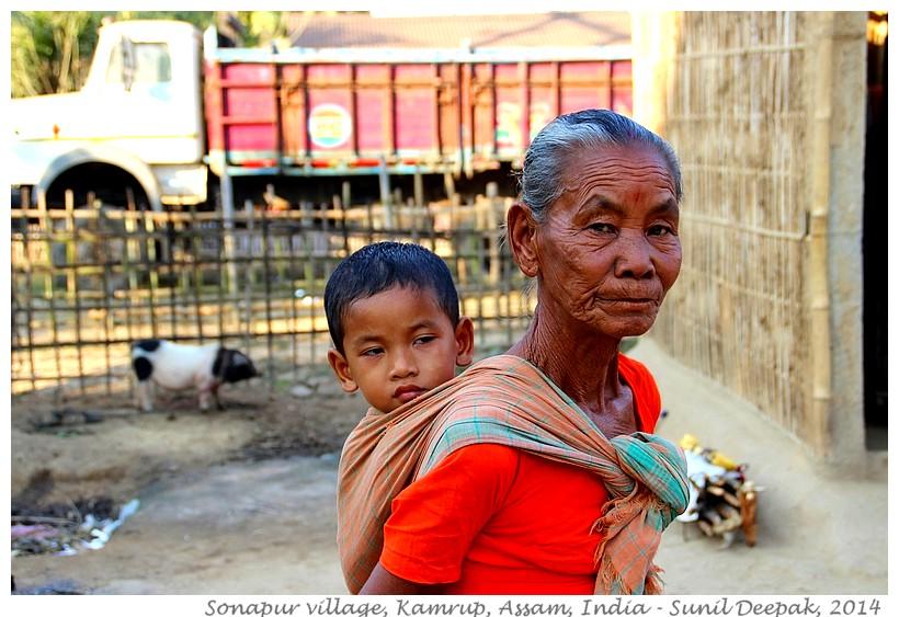 Women, children - Sonapur, Assam, India - Images by Sunil Deepak, 2014