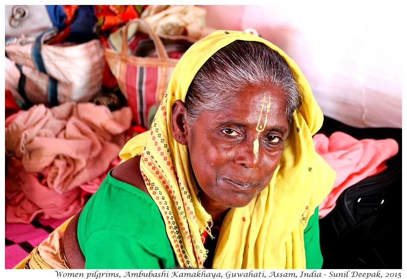 Women pilgrims, Ambubashi Guwahati Assam, India - Images by Sunil Deepak