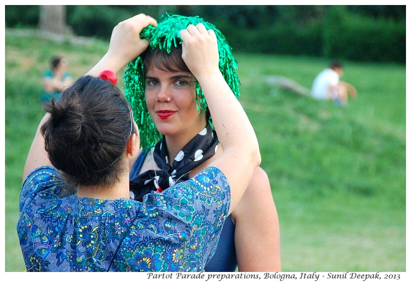 Girl with green wig, Par Tot parade, Bologna, Italy - Images by Sunil Deepak