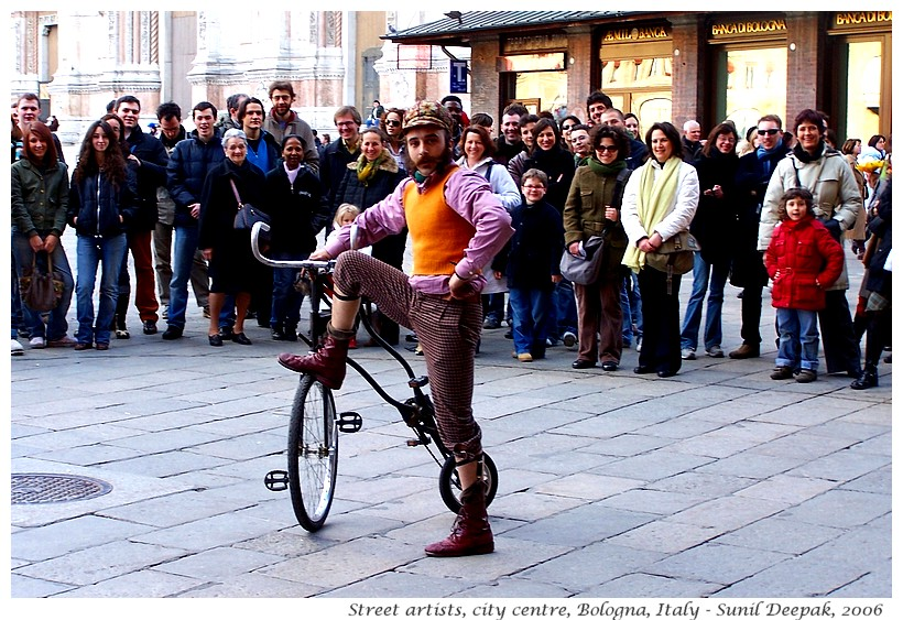 Street artists, Bologna centre, Italy - Images by Sunil Deepak