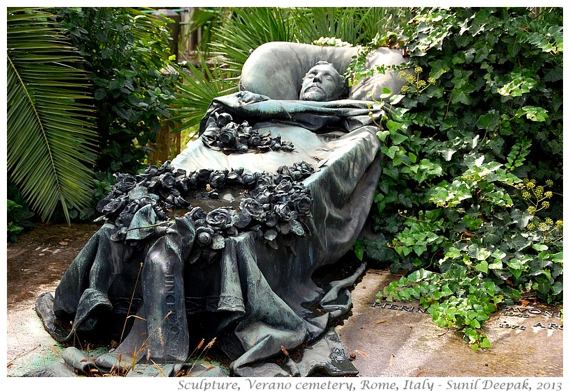 Sculptures, Verano cemetery, Rome, Italy - Images by Sunil Deepak, 2013