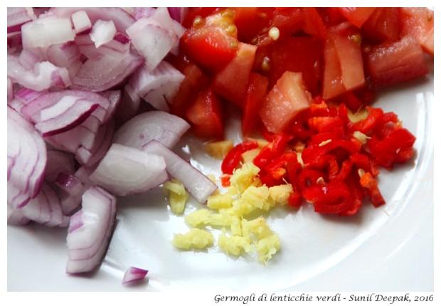 Germogli di lenticchie verdi - Immagini Sunil Deepak