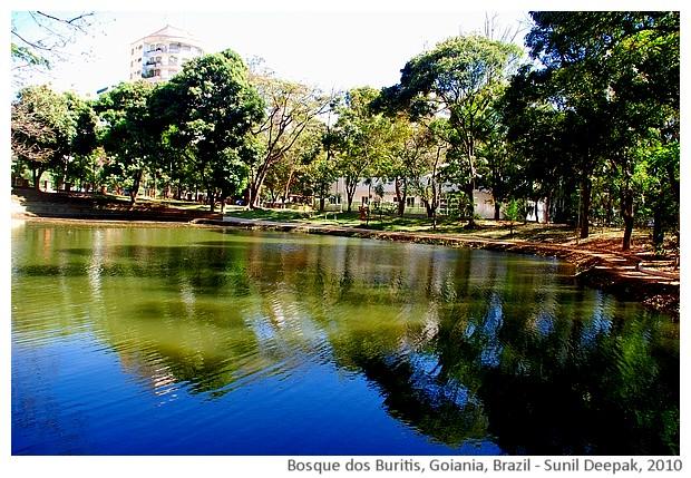 Lake, Bosque dos Buritis, Goiania, Brazil - images by Sunil Deepak, 2010
