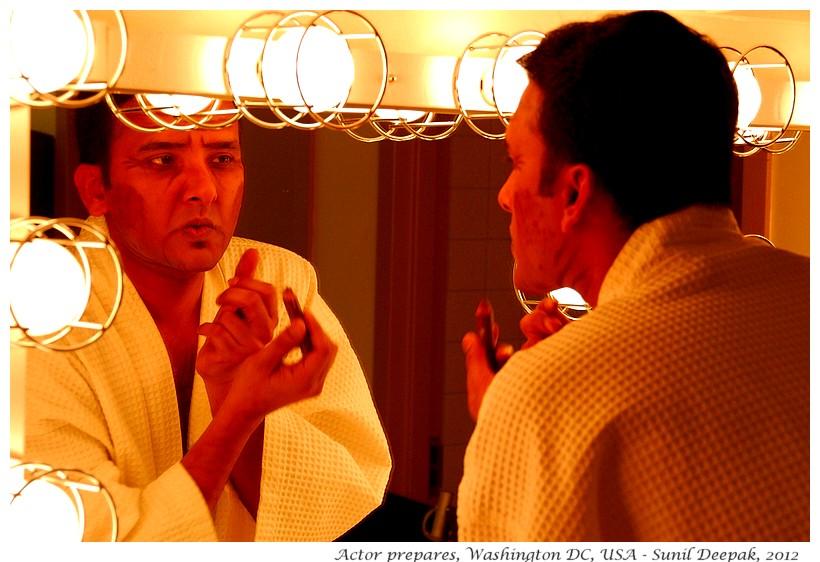 Play actors prepare, Washington DC, USA - Images by Sunil Deepak