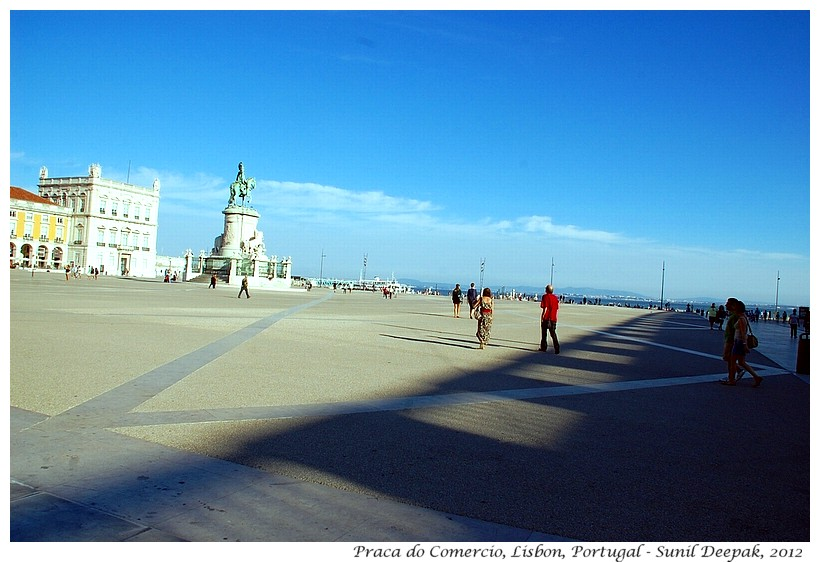 Praca do Comercio, Lisbon, Portugal - Images by Sunil Deepak