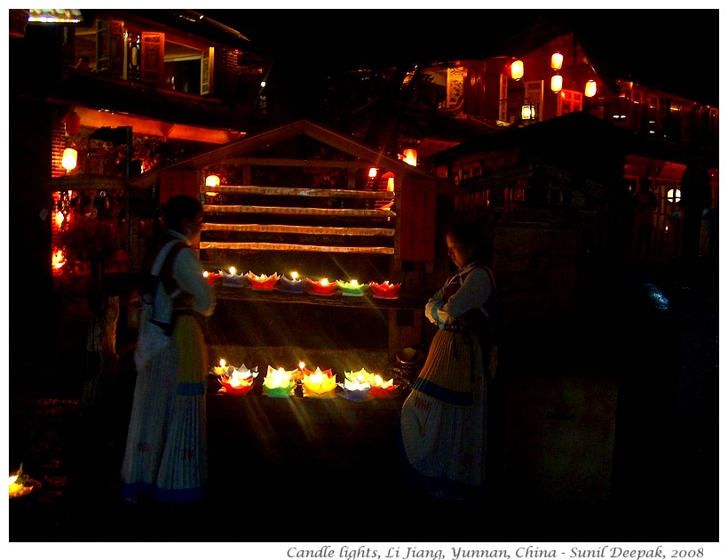 Candle lights, Li Jiang, Yunnan, China - Images by Sunil Deepak, 2008