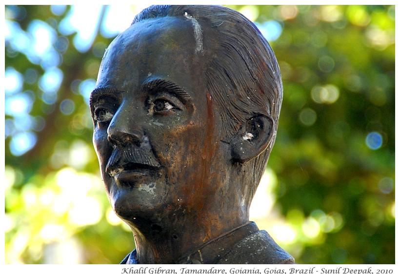 Khalil Gibran statue, Goias, Brazil - Sunil Deepak, 2010