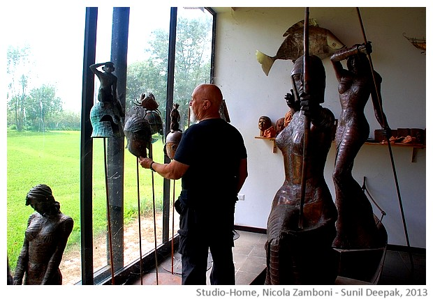Nicola Zamboni and his sculptures - images by Sunil Deepak, 2013