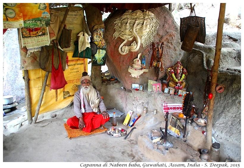 La capanna di Nabeen baba, Assam India - Images by Sunil Deepak - templi di Guwahati